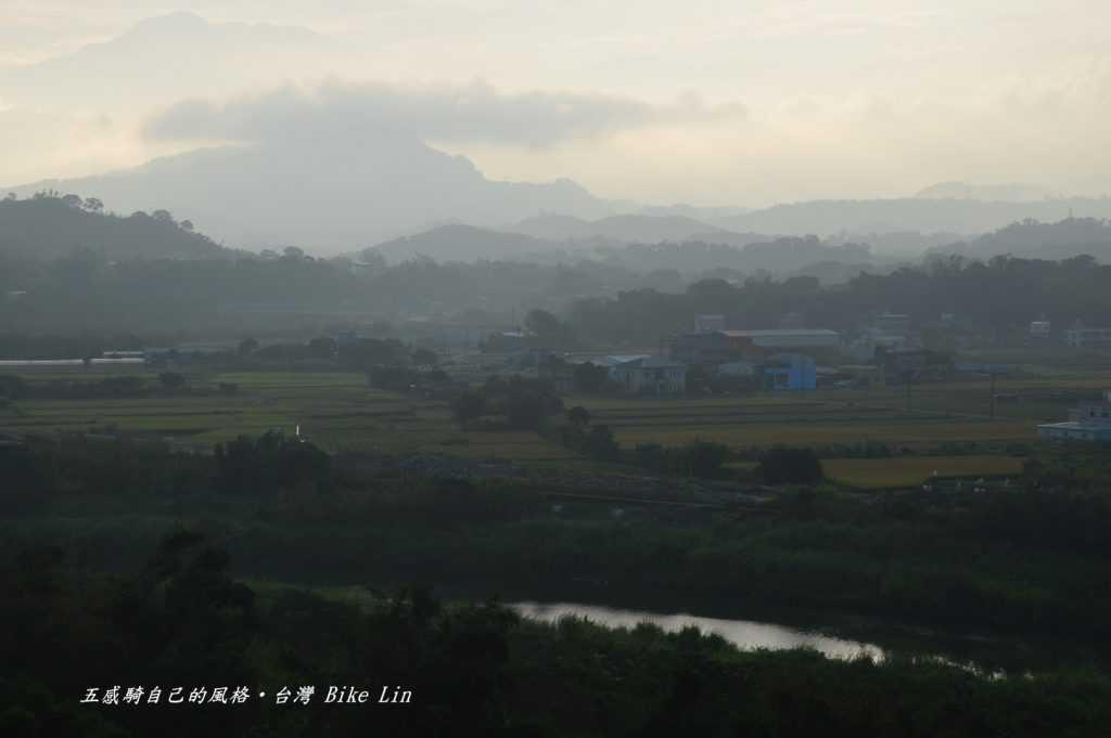 清晨中港溪三灣
