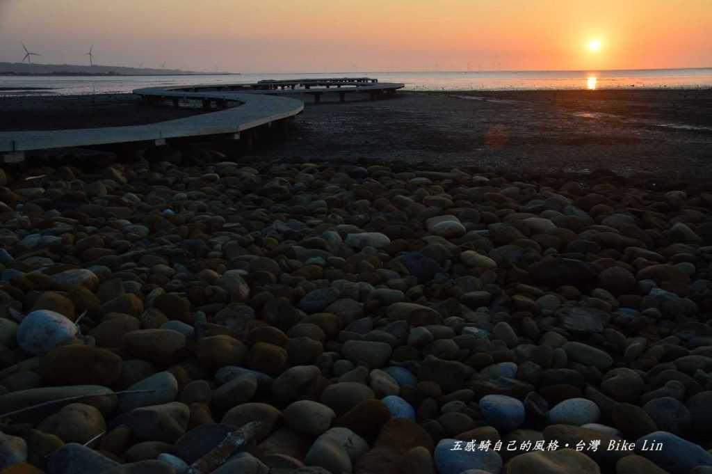 不同季節、不同時刻竹塹海岸