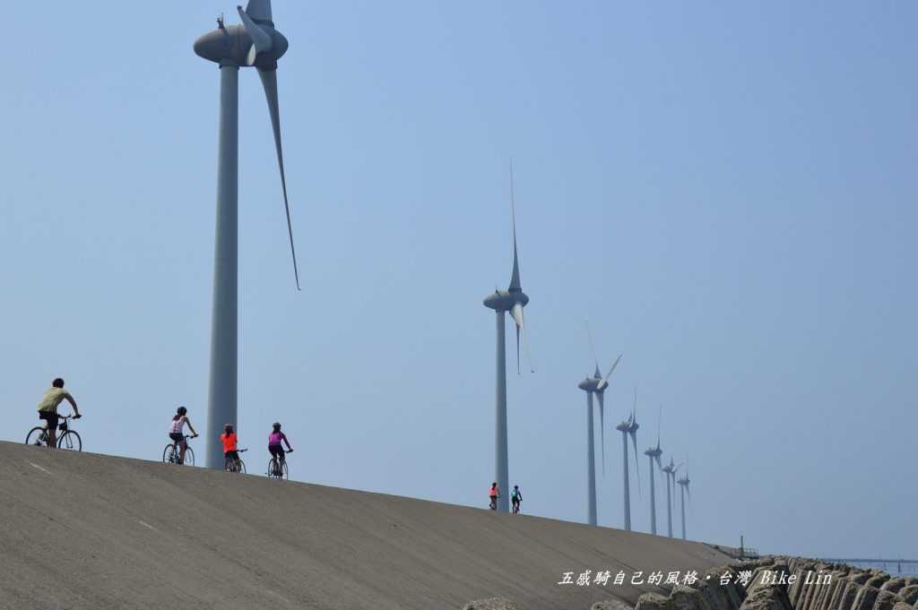 海堤風車群景觀