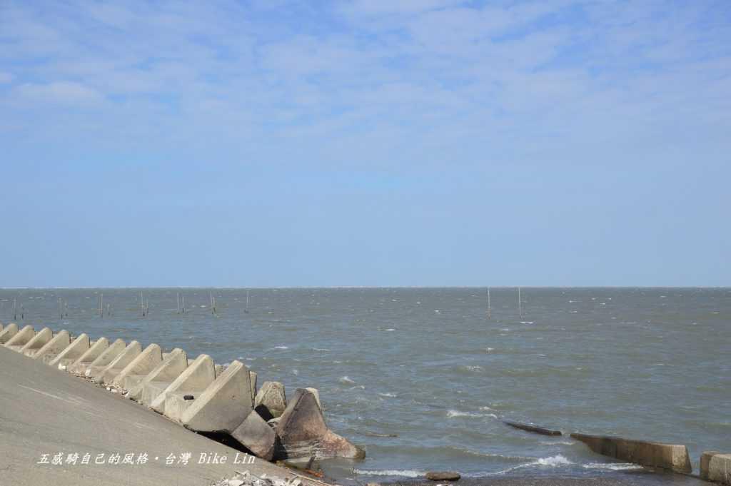 很難想像滿潮與乾潮的落差