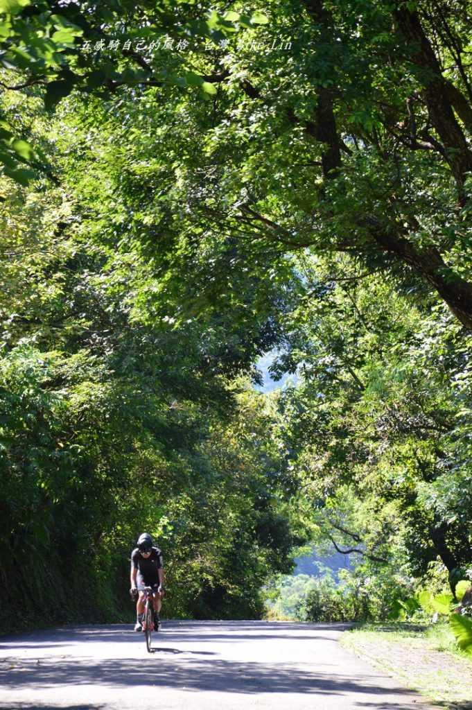 仁山植物園陡坡奮戰騎士