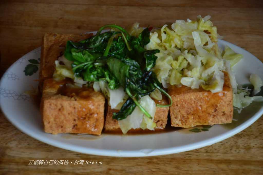 胡記脆皮臭豆腐〈南台圓環公園〉