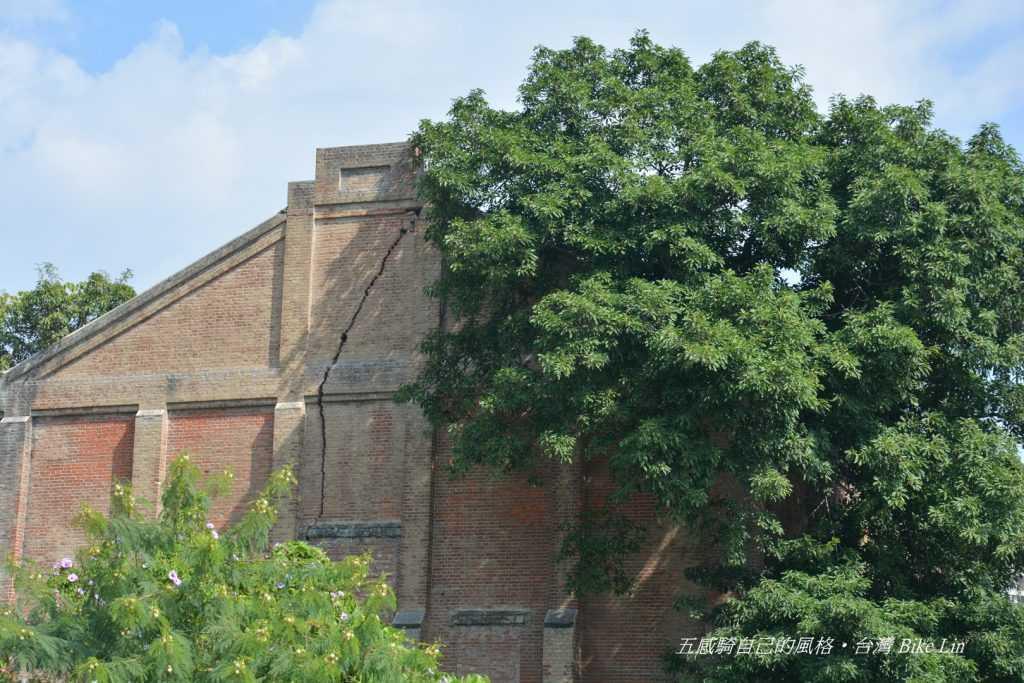 台泥紅磚倉庫