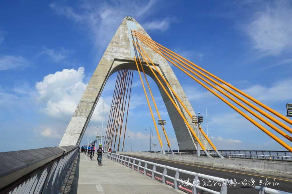 枋寮漁港橋