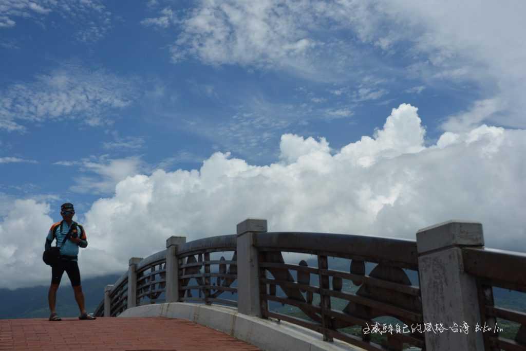 八拱跨海步橋
