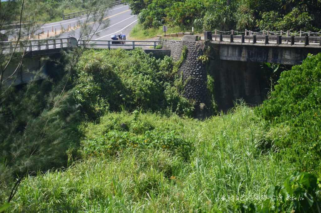 第十二號橋溯溪溪谷