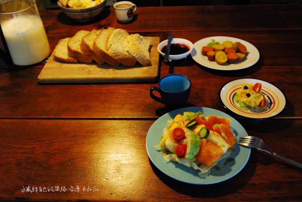 柚子親手作豐盛早餐