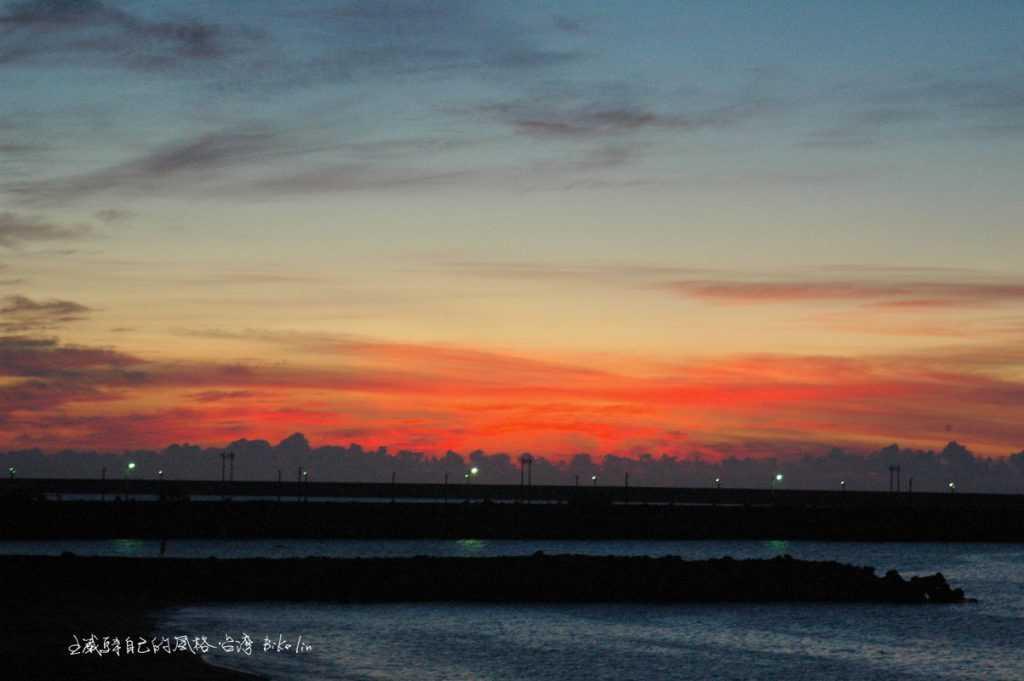 北濱海堤上觀賞「花蓮日出」