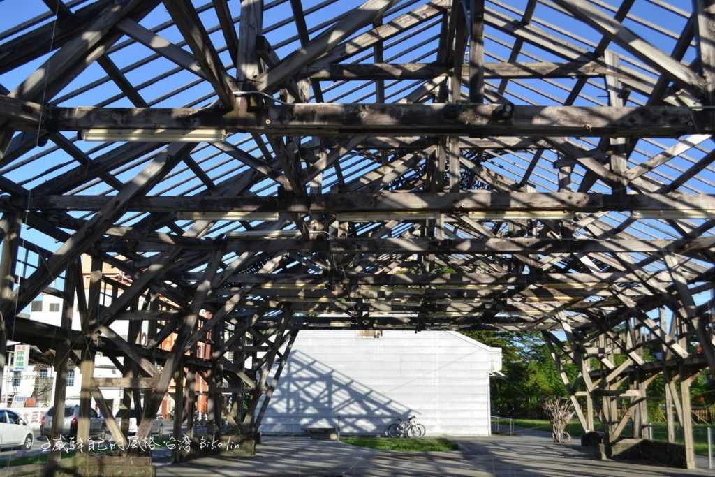 台東鐵道遺跡站體藝術消失的生命力
